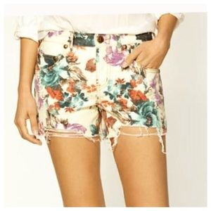 FREE PEOPLE Floral Distressed Denim Shorts SZ 29